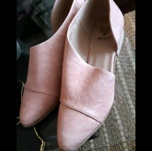 Shoes - New Blush rose open side booties 10